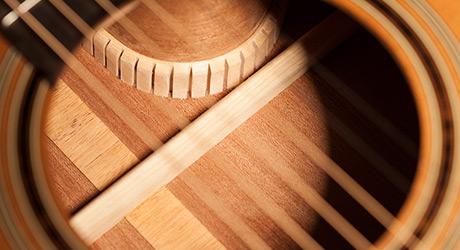 Takamine Gitarren - Deckenverstrebung